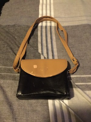 Ladies Small Real Italian Leather Clutch Bag With Shoulder Strap