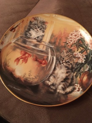 Franklin Mint cats tales plate by Lesley hammet