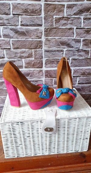 Suedette heels in 3 colours