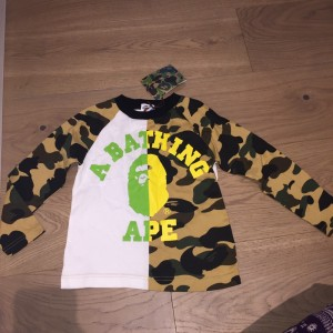 Brand New with tags Bape Kids 3-6yrs Top RRP £120 selling for cheap