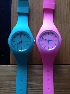 silicone strap quartz watches