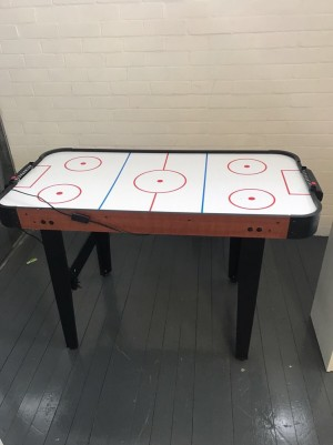 Electric air hockey table ( no other bits just the table )