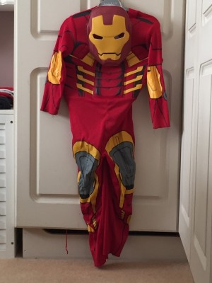 iron man dress up Aged 5 To 6 With mask