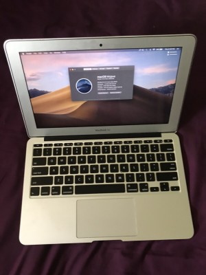 MacBook Air 11inch. Early 2014