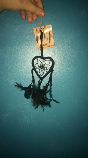 small balck heartshaped dreamcatcher