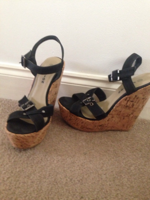 Cork strap wedges