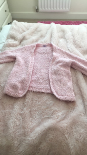 Pink fluffy cardigan from Tesco (f&f) .Age 8-9 years.£3.00