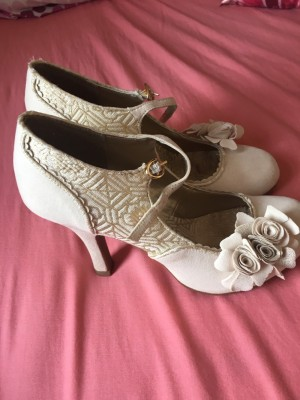 Cream coloured ruby shoo size 5