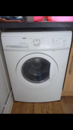 Zanussi washing machine for sale collection from croydon