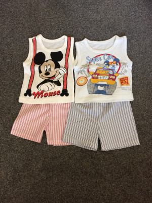 T-shirt + shorts size 1-1 and a half