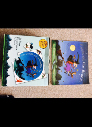 Room on the broom puzzle and book