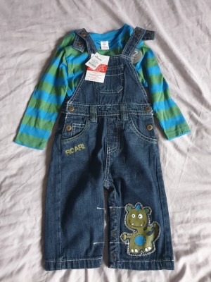Dungaree 6 to 9 months
