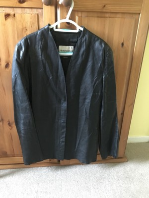 Leather Armani Jack Size 12 hardly worn just needs steamed to get creases out