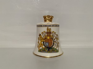 Vintage Porcelain Bell Royal Family To Commemorate The Silver Jubilee