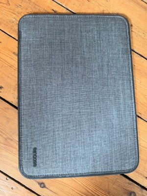 Like new laptop case/protector - 13inch