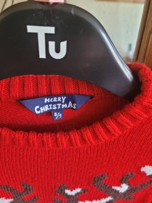 children aged 8 to 9 Christmas jumper