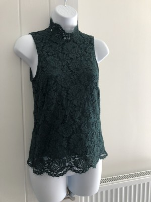 Emerald Green Lace High-neck - size 6
