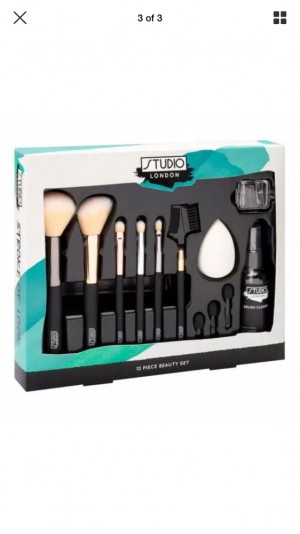 Studio London 12 Piece Make Up Brush Set makeup Brushes With Cleansing Spray