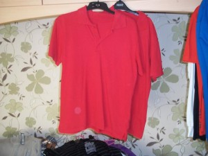 X2 red polos
