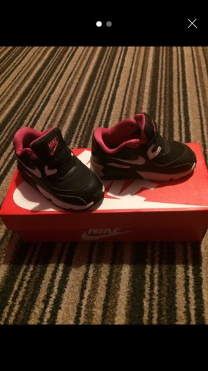 Only warn few times Nike toddler size 6.5
