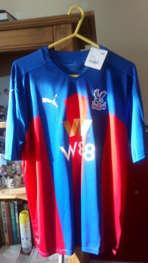 XL CRYSTAL PALACE FC FOOTBALL TOP BRAND NEW NEVER WORN