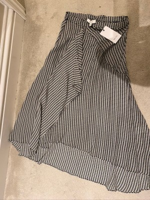 Reiss Size 6 Silk Patterned Skirt