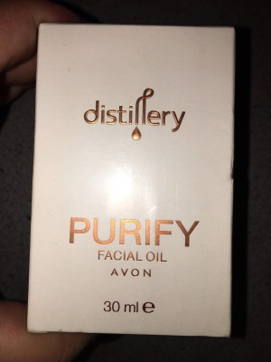 Avon Distillery Purifying Facial Oil Brand New