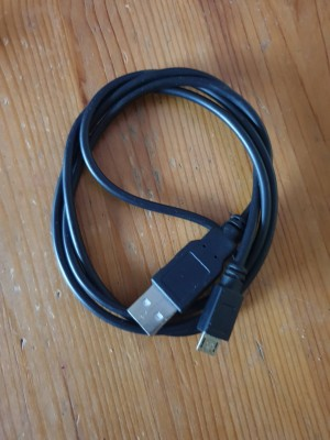 Black usb charger cable