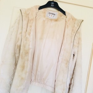 Pull & Bear Women's Coat Size M (would fit an 8). Excellent condition