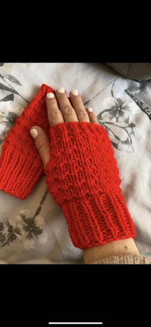 Orange red knitted fingerless gloves