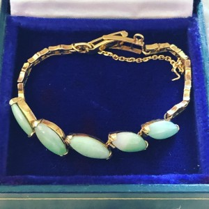 Antique Chinese Green Jade 18ct Gold Bracelet Pre WW2 Family Jewelry -