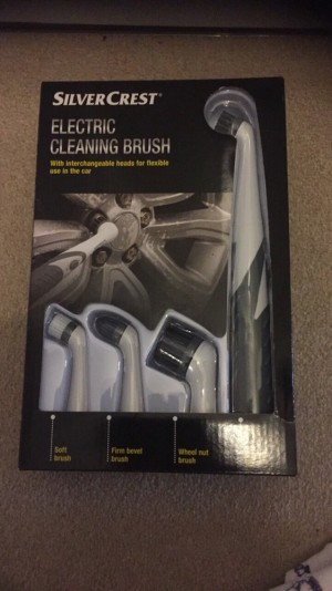 Electric cleaning brush New in box