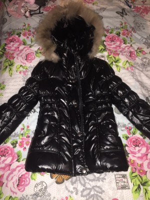 black padded coat with fur