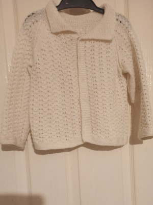 Hand-knitted Cardigan for toddlers
