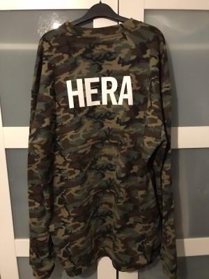 Men's Hera London Camo Oversized Jumper. Size M