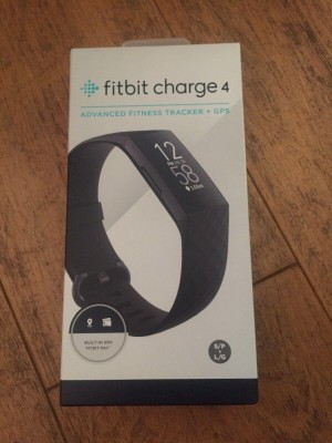 Fitbit Charge 4 Fitness Tracker (black strap) - UNOPENED XMAS GIFT