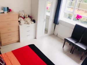 king size double room near Queen Mary University of London