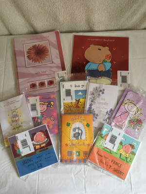 Bundle of assorted greetings cards