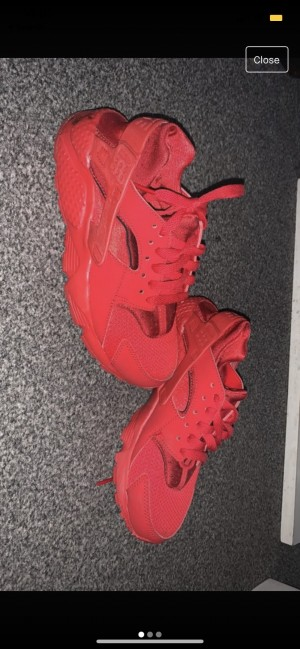 Red hurraches size 3