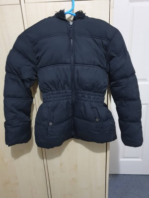 coat black size 11 to 12 yrs old