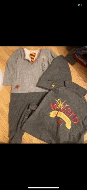 Harry Potter 3-6m outfit baby grow set with hat and cape