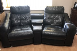 Black 4 Seater DFS Recliner Sofa (Dynamo)
