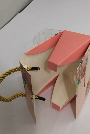 Stunning favour sweet boxes