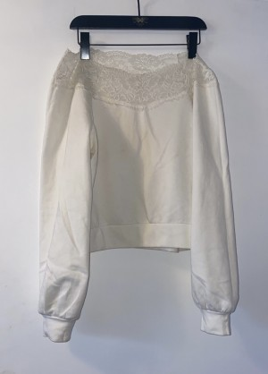 H&M white sweatshirt with lace