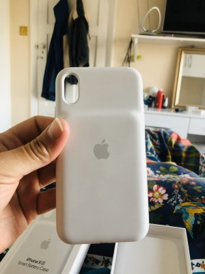 iPhone XR Smart Battery Case White