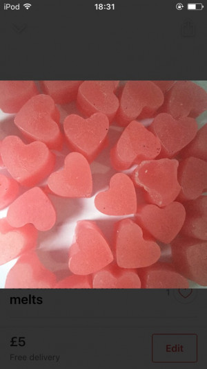 100 strawberry wax melts