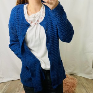 Vintage 1980s bright cobalt blue cable knit grandma cardigan XL