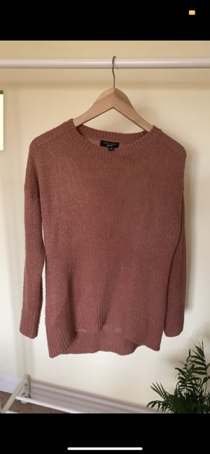 Size small petite pink jumper