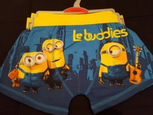 2 pairs minions age 8/9 yrs