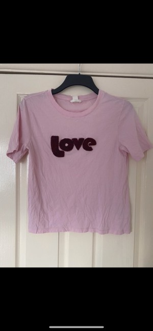 H&M pink love top size small